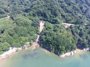 百島崖崩れ